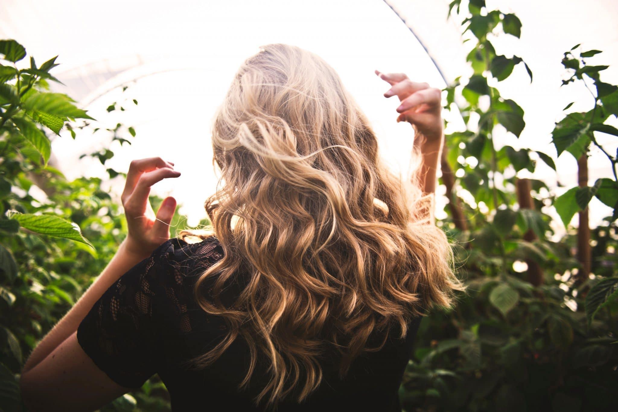 aliments pousse cheveux