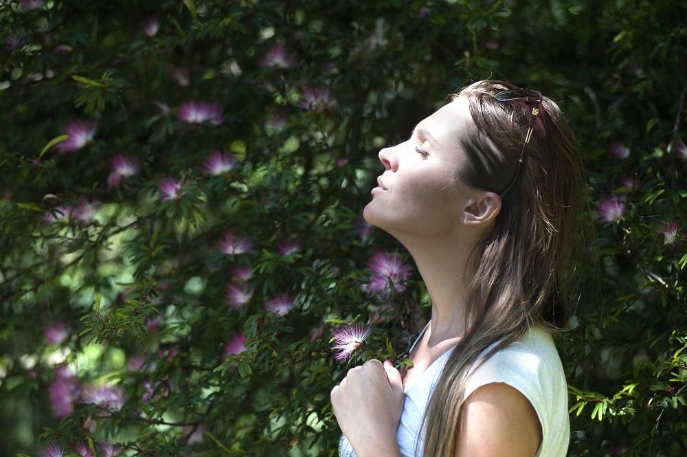 Pourquoi acheter une brume visage pour cet été ?