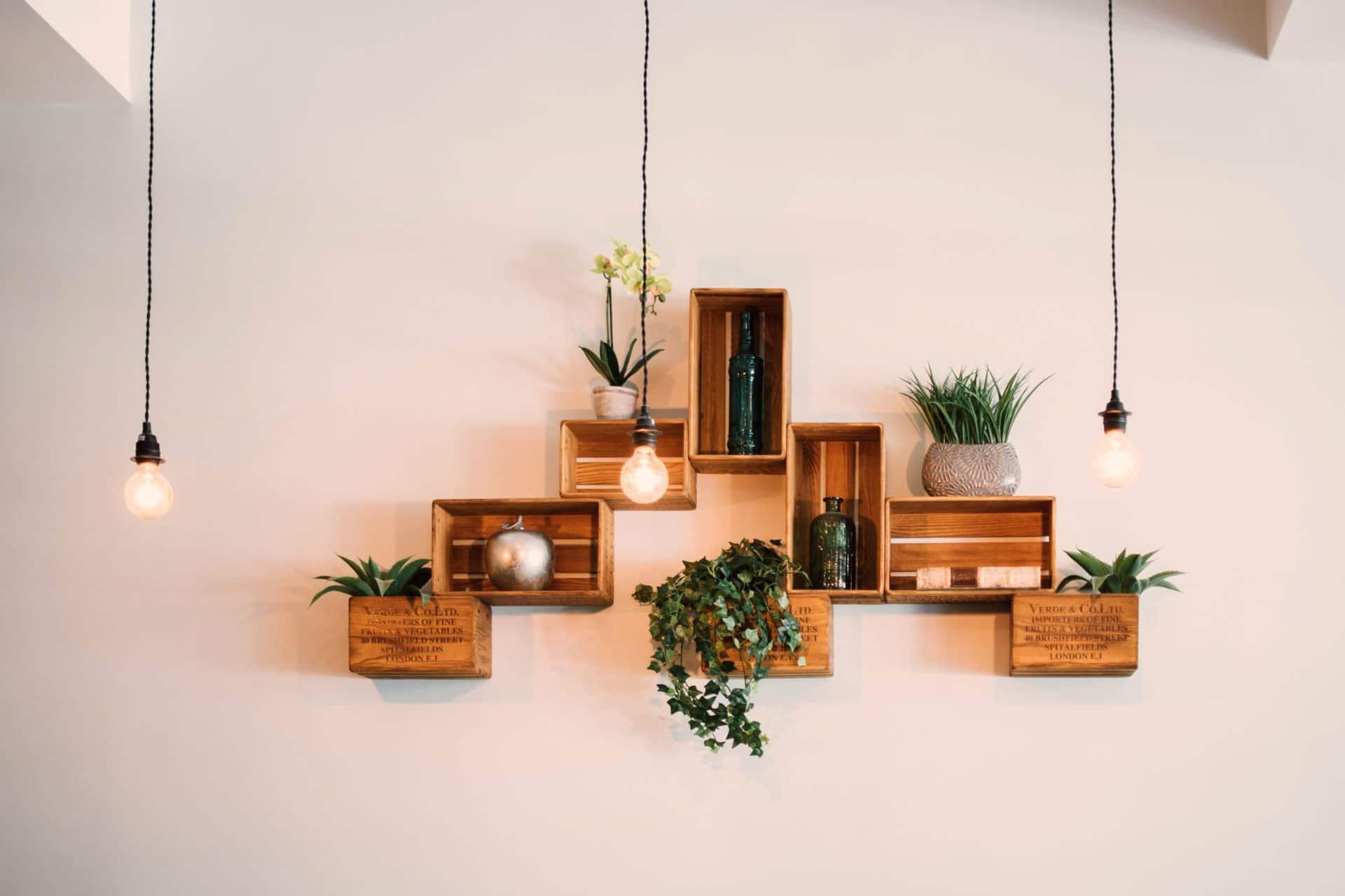Conseils pour rendre l'éclairage de votre maison moins agressif