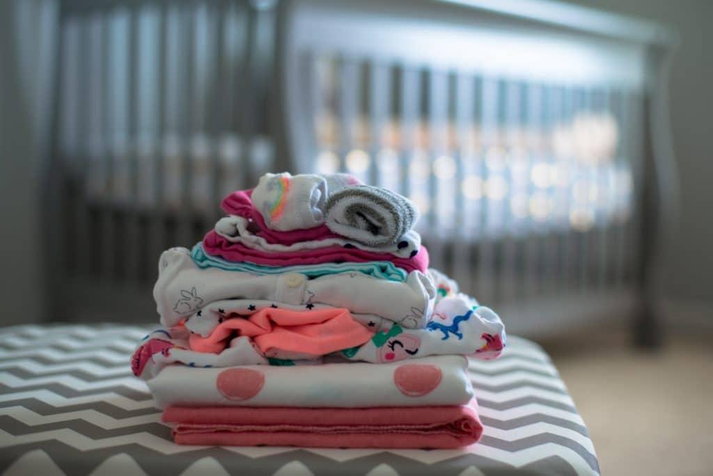 Les vêtements pour bébé