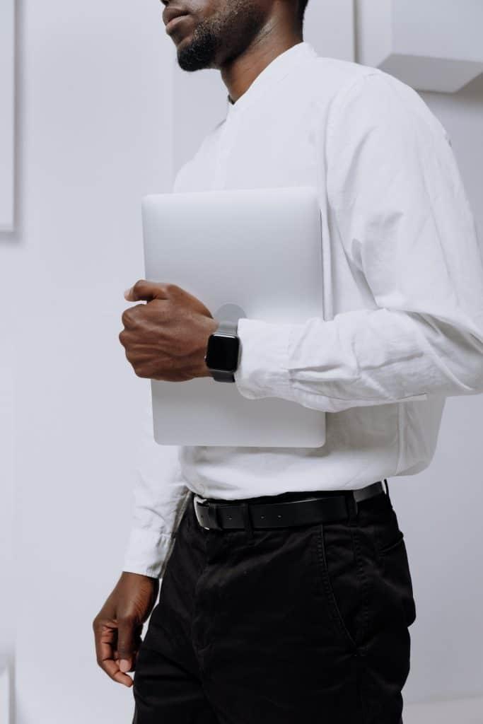 Quelles matières privilégier pour une chemise à col mao ?