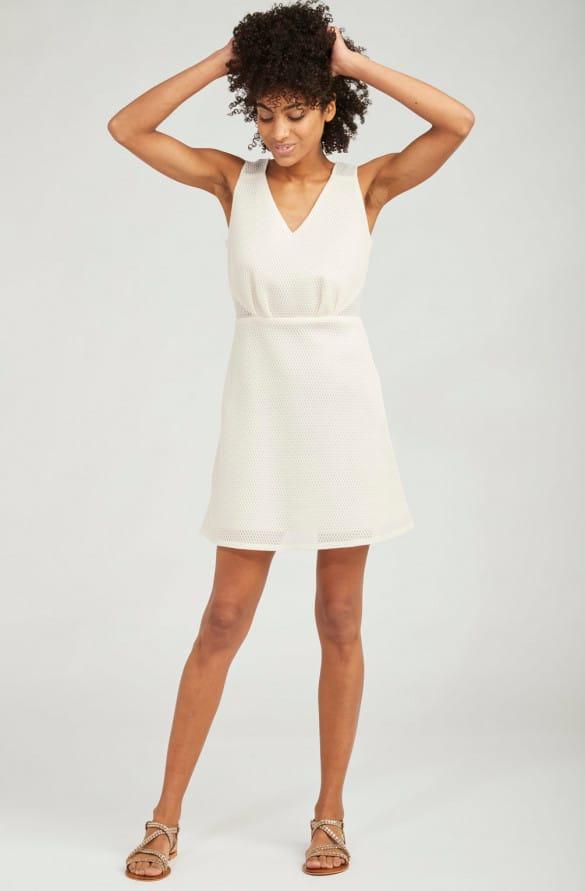 robe cintrée de soirée blanche courte