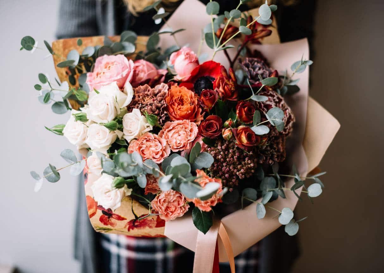 cadeau original pour fête des mères, les roses