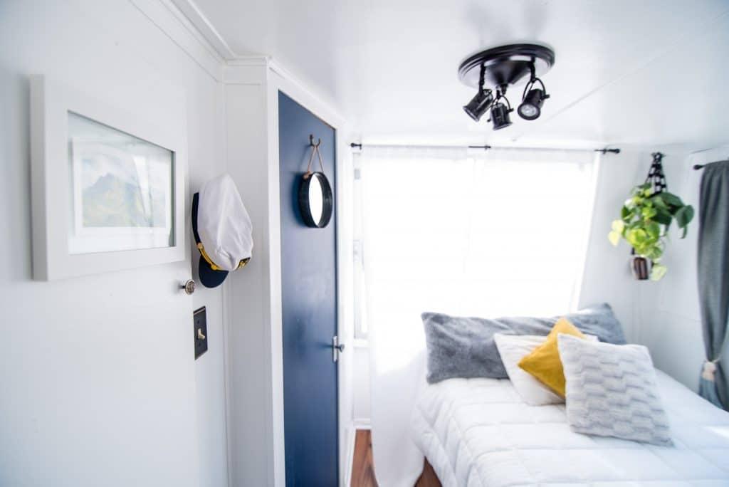 Comment placer les meubles dans une petite chambre ?