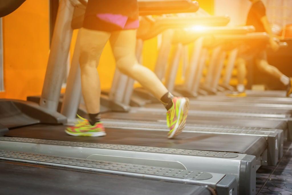 sport en salle de gym activités